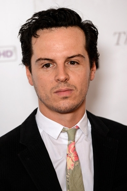 Andrew Scott Style and Fashion