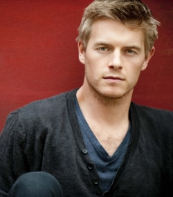Rick Cosnett Style and Fashion