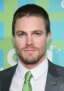 Stephen Amell Style and Fashion