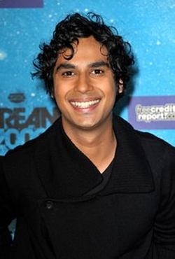 Kunal Nayyar Style and Fashion