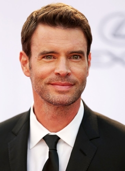Scott Foley Style and Fashion