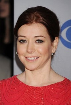 Alyson Hannigan Style and Fashion