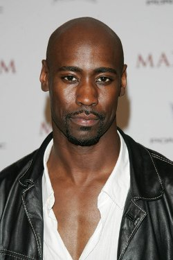 D.B. Woodside Style and Fashion