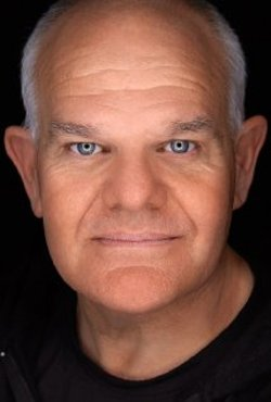 Mark Hadlow Style and Fashion