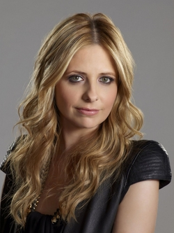 Sarah Michelle Gellar Style and Fashion