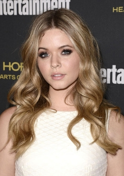 Sasha Pieterse Style and Fashion