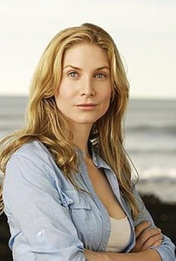Elizabeth Mitchell Style and Fashion