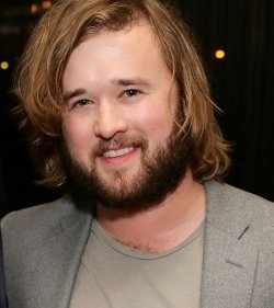 Haley Joel Osment Style and Fashion