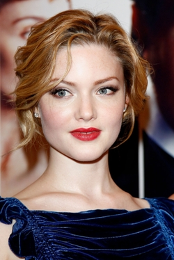 Holliday Grainger Style and Fashion