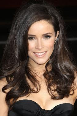 Abigail Spencer Style and Fashion
