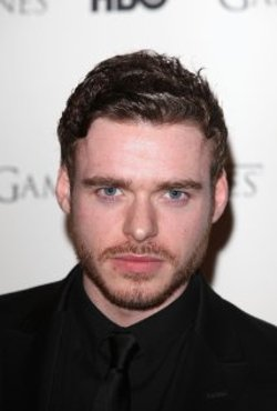 Richard Madden Style and Fashion
