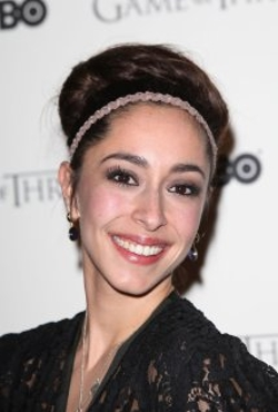 Oona Chaplin Style and Fashion