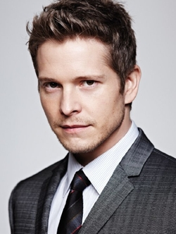 Matt Czuchry Style and Fashion