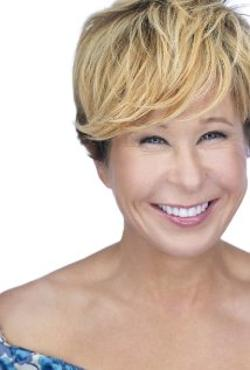 Yeardley Smith Style and Fashion