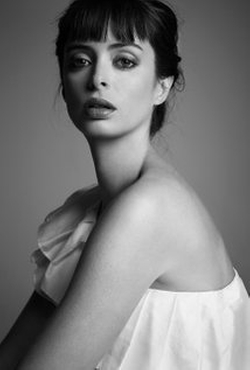 Krysten Ritter Style and Fashion