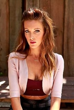 Katie Cassidy Style and Fashion