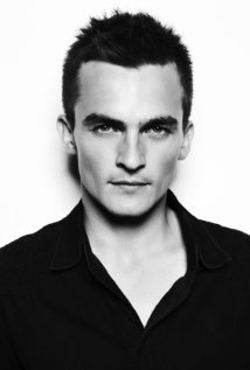 Rupert Friend Style and Fashion