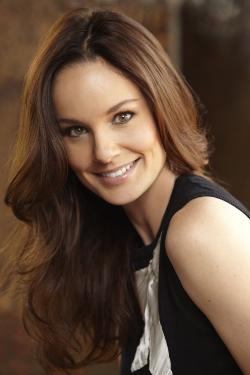 Sarah Wayne Callies Style and Fashion
