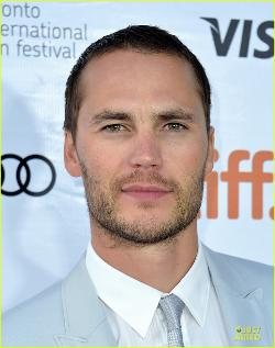 Taylor Kitsch Style and Fashion