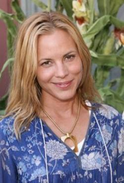 Maria Bello Style and Fashion