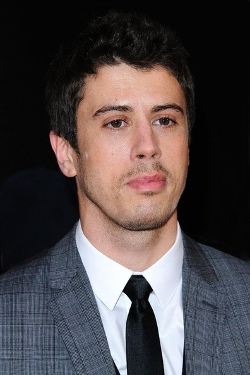 Toby Kebbell Style and Fashion