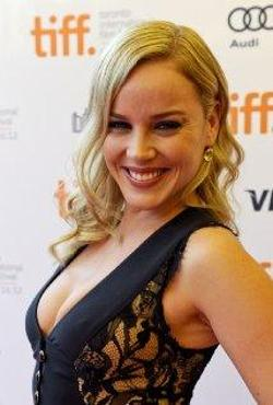 Abbie Cornish Style and Fashion