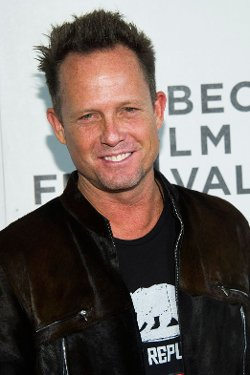 Dean Winters Style and Fashion