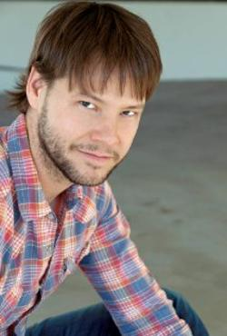Ike Barinholtz Style and Fashion