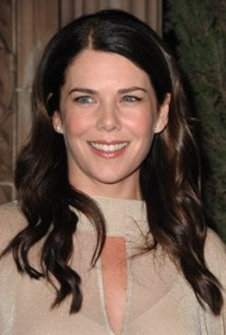 Lauren Graham Style and Fashion