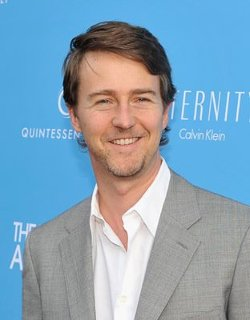 Edward Norton Style and Fashion
