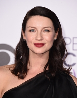 Caitriona Balfe Style and Fashion