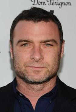Liev Schreiber Style and Fashion