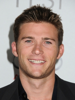 Scott Eastwood Style and Fashion