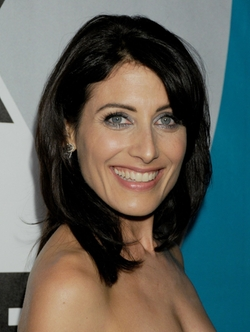 Lisa Edelstein Style and Fashion