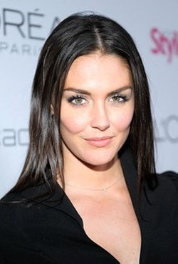 Taylor Cole Style and Fashion