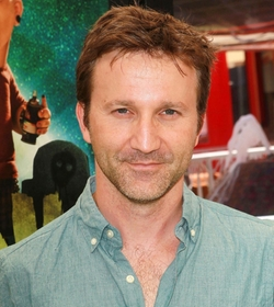 Breckin Meyer Style and Fashion