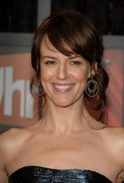Rosemarie DeWitt Style and Fashion