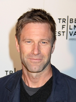 Aaron Eckhart Style and Fashion
