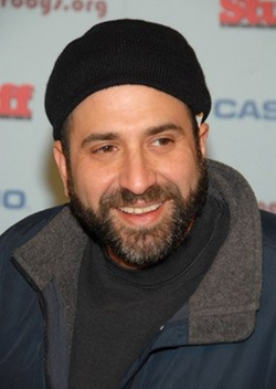 Dave Attell Style and Fashion