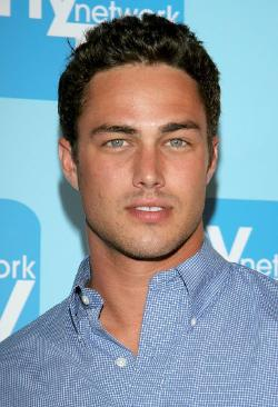 Taylor Kinney Style and Fashion
