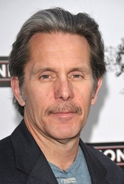 Gary Cole Style and Fashion