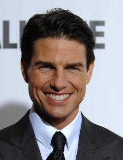 Tom Cruise Style and Fashion
