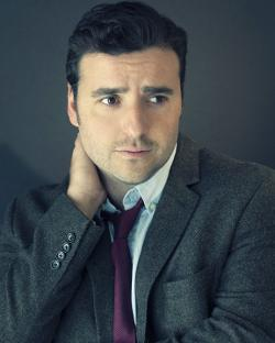 David Krumholtz Style and Fashion