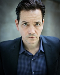 Frank Whaley Style and Fashion