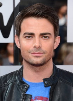 Jonathan Bennett Style and Fashion