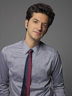 Ben Schwartz Style and Fashion