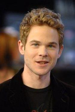 Shawn Ashmore Style and Fashion