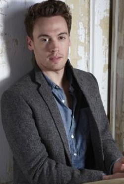 Erich Bergen Style and Fashion