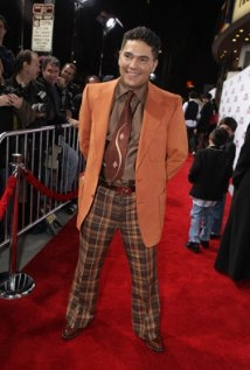 Nicholas Turturro Style and Fashion