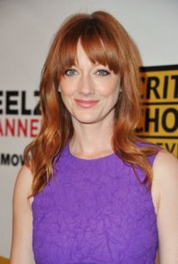 Judy Greer Style and Fashion